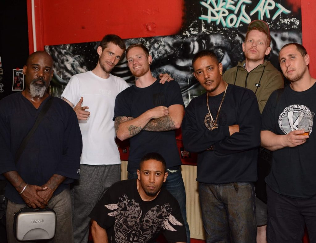 Various members of both Drum Unit and the Dominion Order.
